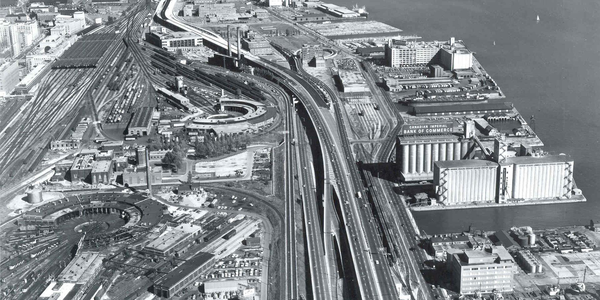 Gardiner Expressway 1962