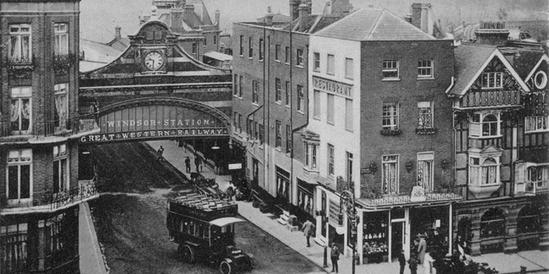 banner-1910---Windsor-Station