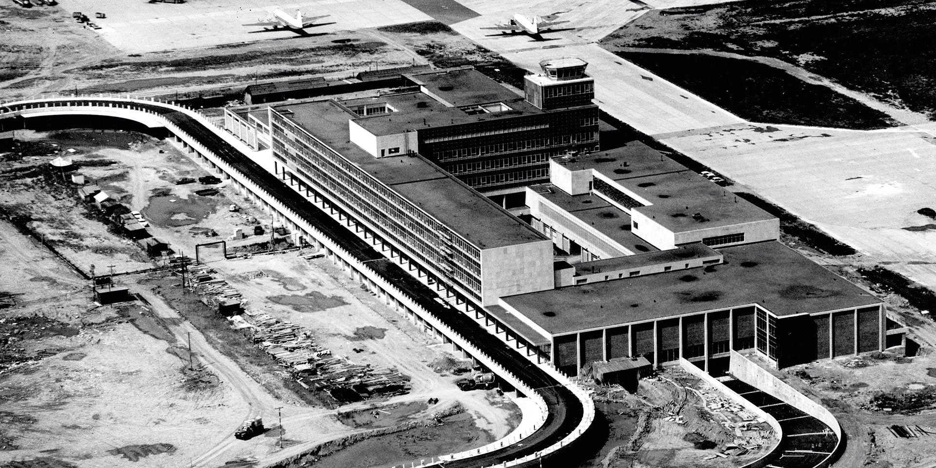 Montreal Airport 1959 Black and White