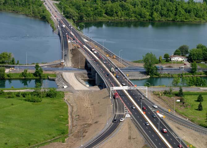 Monseigneur-Langlois Bridge Reconstruction